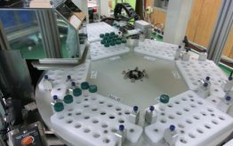 当社設計・製造装置イメージ4